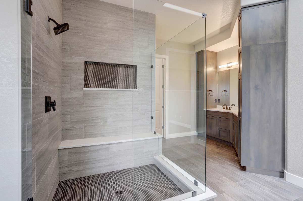 6d Master Bath